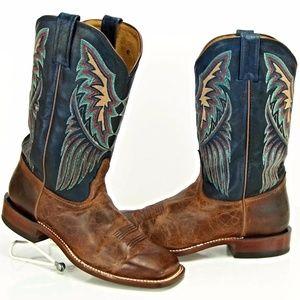 Tony Lama women's Leather cowboy boots. USA
